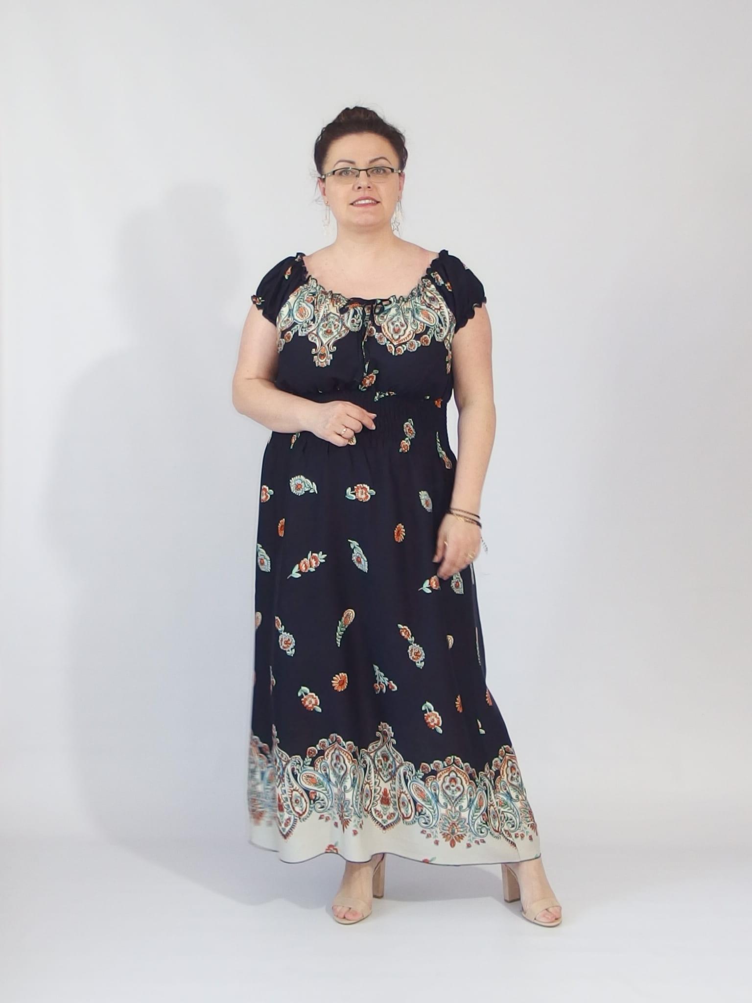 f2ae75a848 Długa lekka sukienka ROKSANA liście plus size granatowa Lamiaplussize.pl